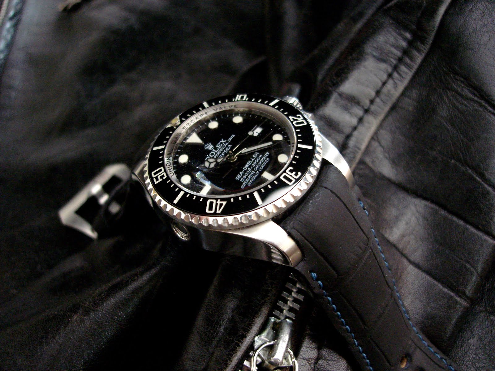 Rolex SDDS on SuperMatte Alligator with our 'Fully Integrated Fit' (FIF)