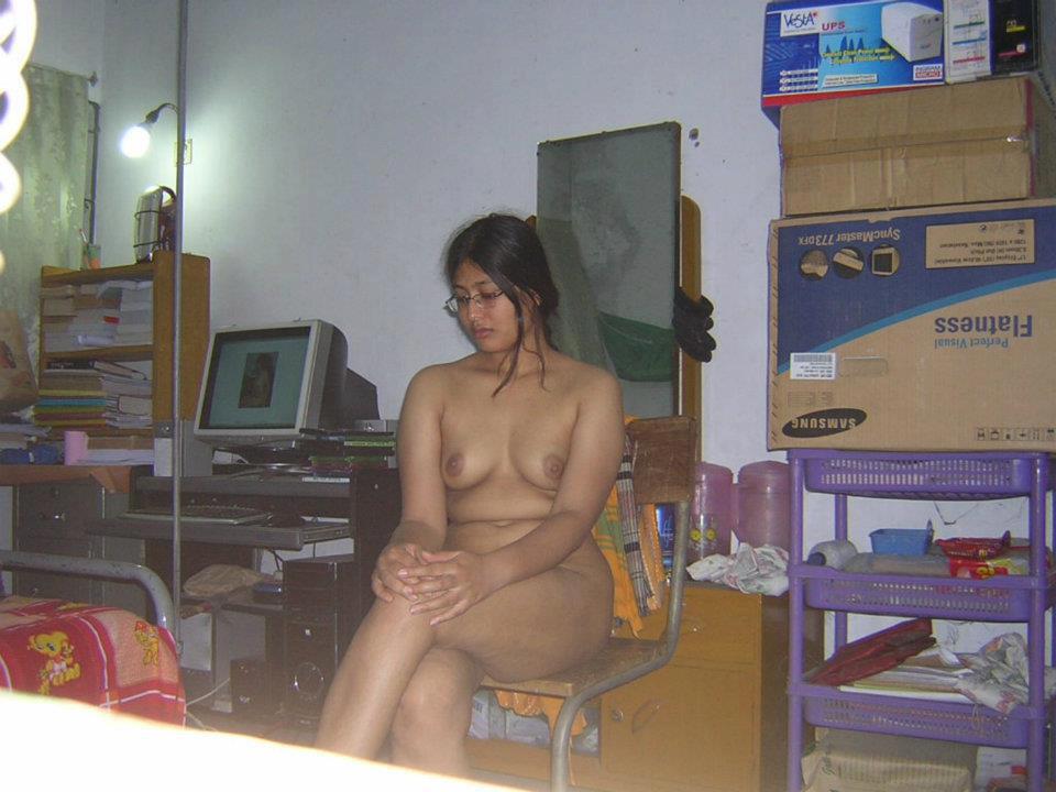 sexy girls naked having orgasm