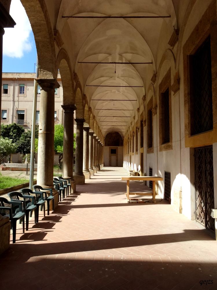 Palermo e dintorni ma anche...: Miqveh (bagno rituale ebraico ...