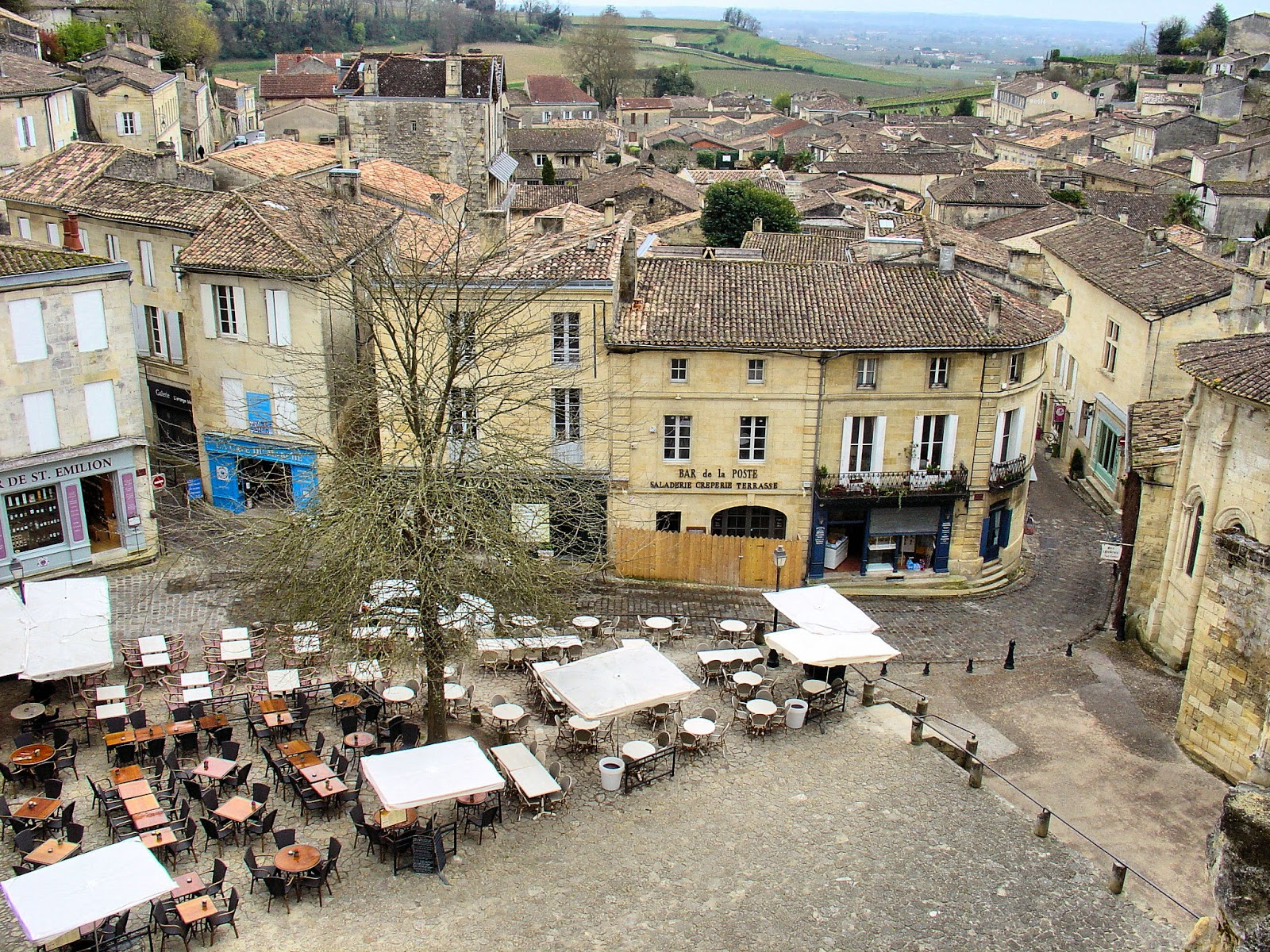 Looking down on the village of Saint-Émilion in the Bordeaux region of France. All photography is the property of EuroTravelogue™. Unauthorized use is prohibited.