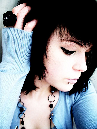 emo hairstyles for girls with short hair. emo hairstyles for girls with
