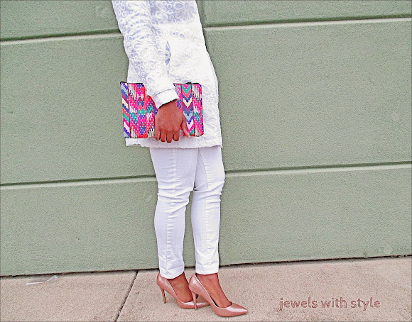 all white outfit, white coat, jewels with style, black fashion blogger, white skinny jeans, gold heels, spring wardrobe essentials