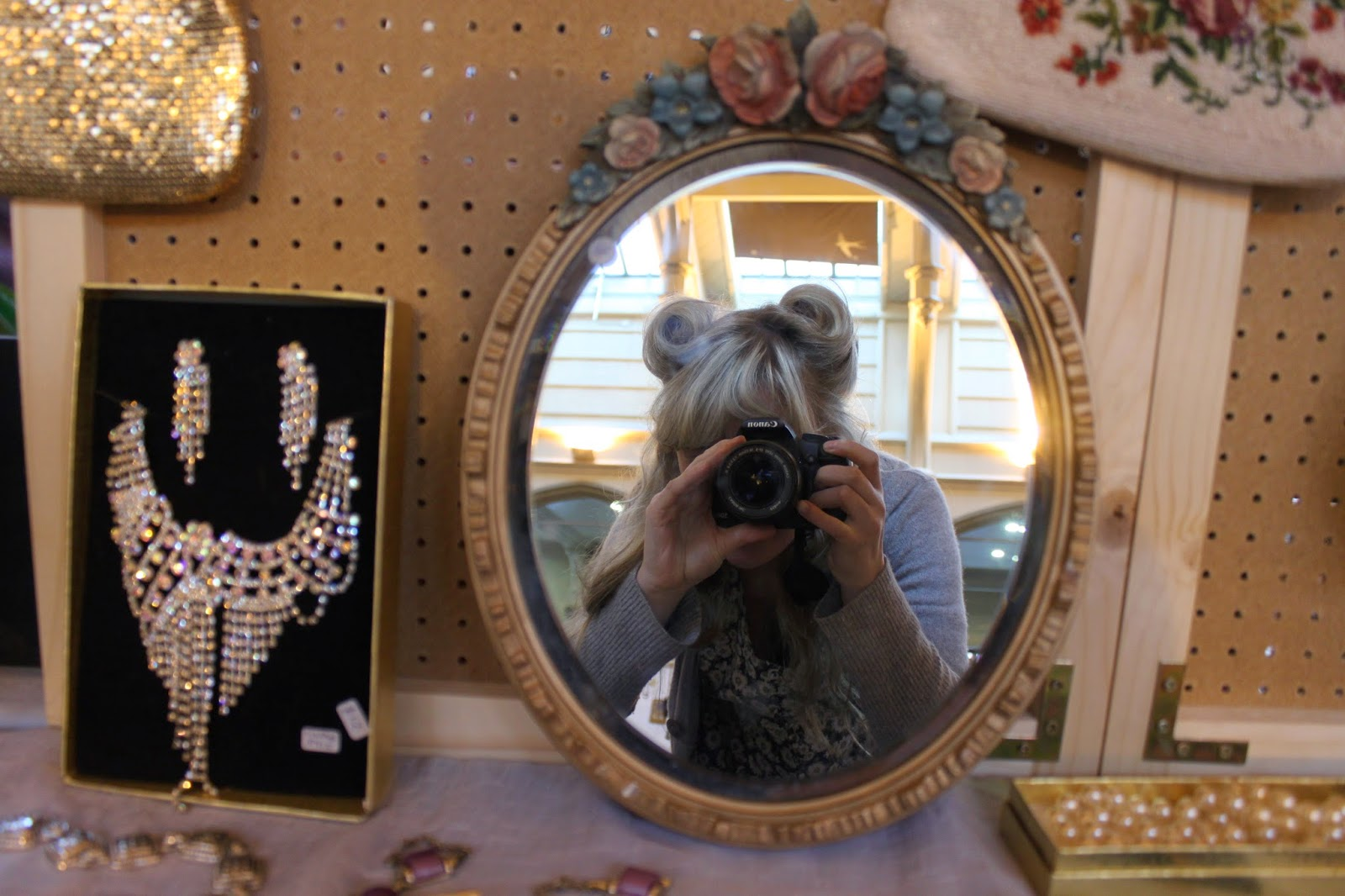 vintage fair, victory rolls, vintage flower mirror, bristol