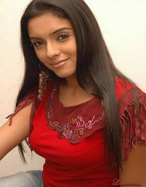 Foto-Asin-Thottumkal-Arttis-Seksi-Bollywood_3a