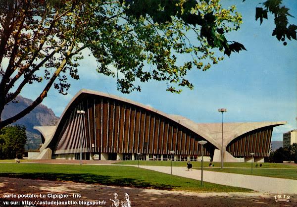 Grenoble - Le Stade de Glace - Palais des Sports  Architectes: Robert Demartini, Pierre Junillion ou Junillon  Ingénieur: Nicolas Esquillan  Intégration: Jean Dewasne  Construction: 1967