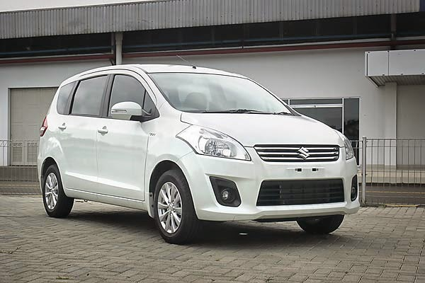 Modifikasi Mobil Suzuki Ertiga Standar