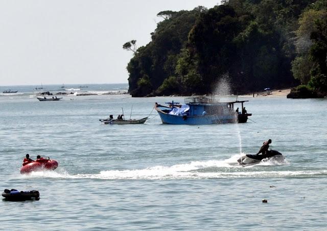 Objek wisata Pantai Pangandaran 2