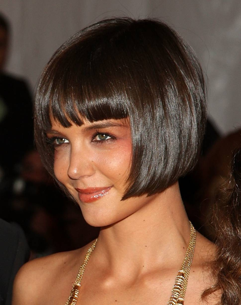 The Mesmerizing Celebrity Short Hairstyles With Bangs Image