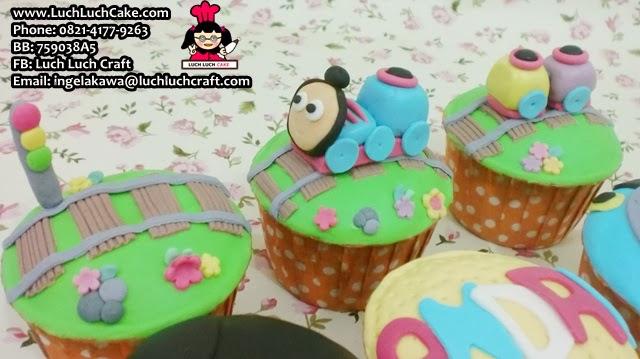 cupcake set lucu