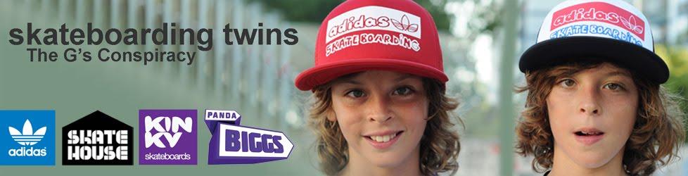 SkateboardingTwins