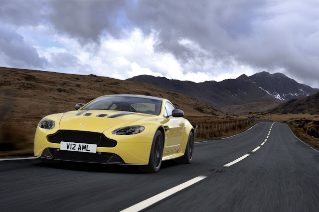 Aston Martin, V12 Vantage S, front view, wallpaper, extreme sports car
