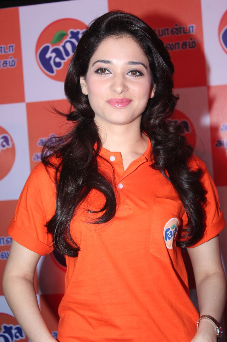 tamanna bhatia pictures: tamanna at winner of the fanta consumer