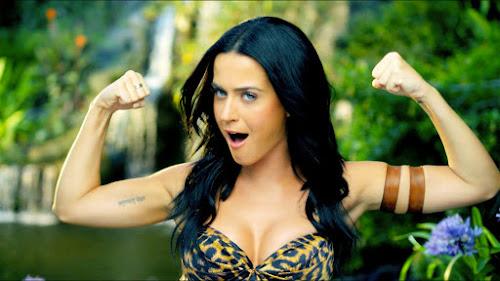 Katy Perry é a primeira artista a ter dois clipes com 1 bilhão de visualização no Vevo