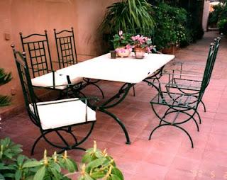Ditta brogani maurizio lavori in ferro battuto e restauri for Sedie da esterno in ferro battuto