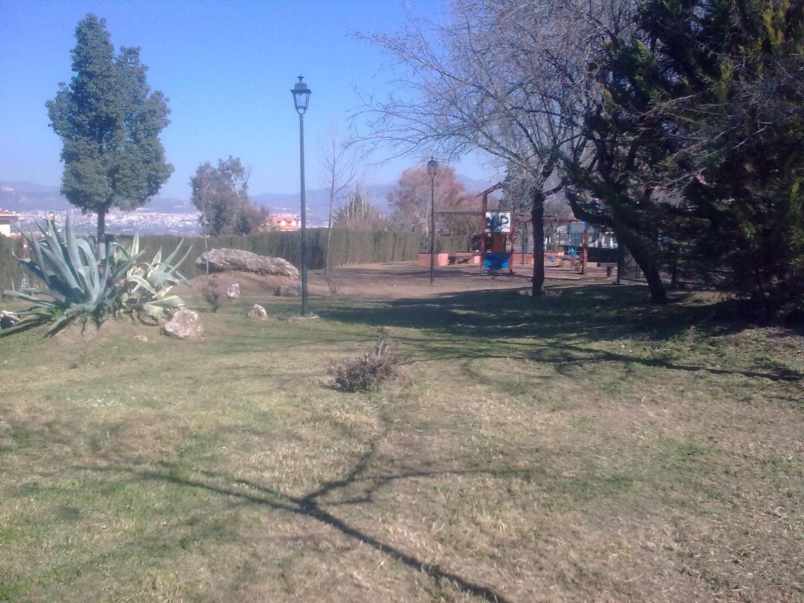 Parques y jardines de ogijares arreglo y limpieza parque for Arreglos de parques y jardines
