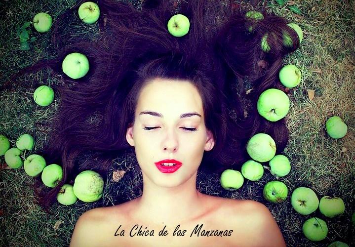 La chica de las manzanas