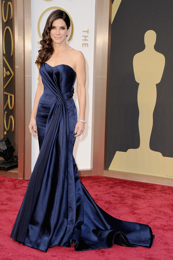 Sandra Bullock's Oscar 2014 Dress by: Alexander McQueen