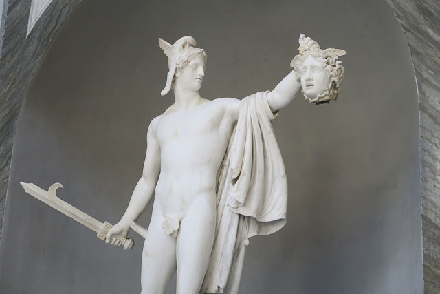 Perseus statue holding head of Medusa