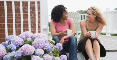 6 Ways to Hone Your Conversation Skills - girls women two talking