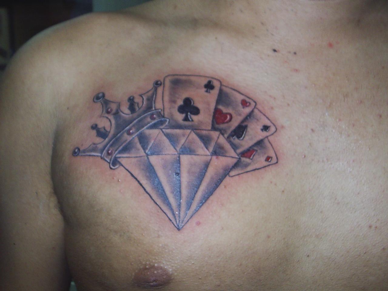 Conhecido Tattoo do Pedro, diamante com coroa e cartas | Cultura e Liberdade NP81