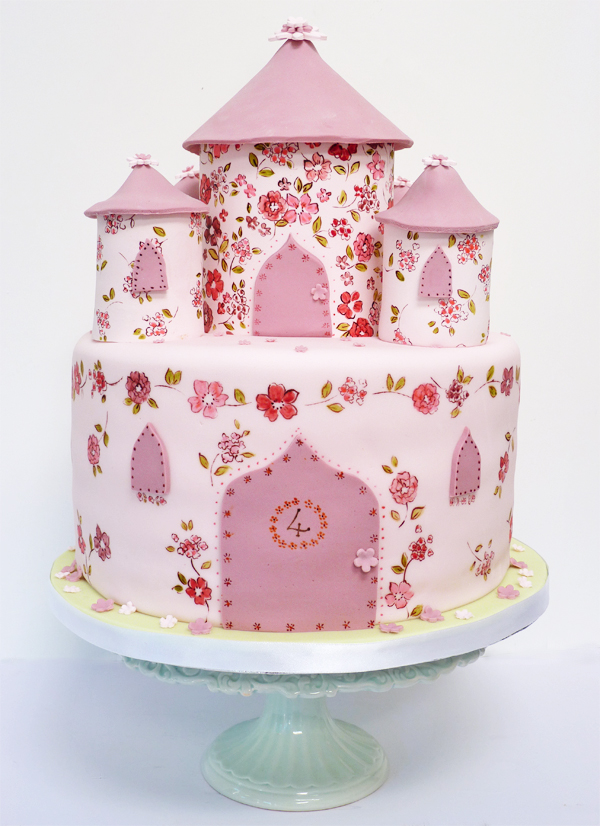 Pictures Of Princess Castle Cake : Amelie s House: Princess castle cake