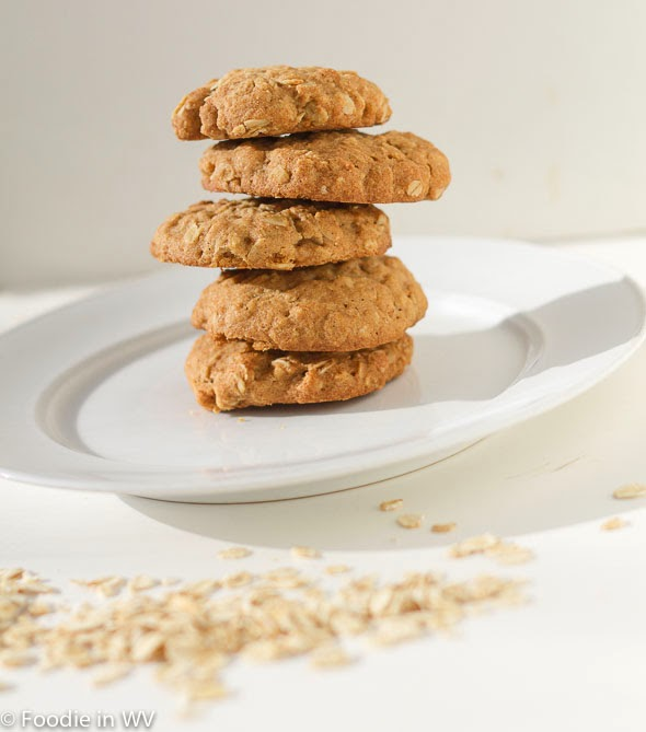 Gluten Free Reduced Sugar Oatmeal Cookies Recipe #Switch2Swerve