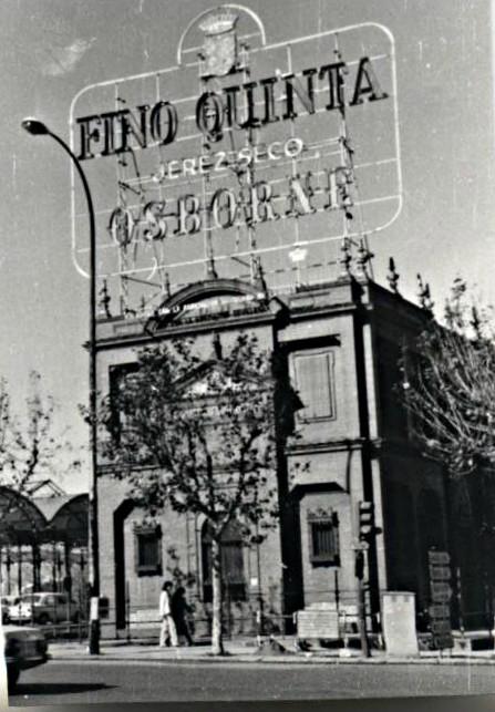 FOTO DEL LECTOR: ASOCIACIÓN SEVILLANA DE CARIDAD, 1981
