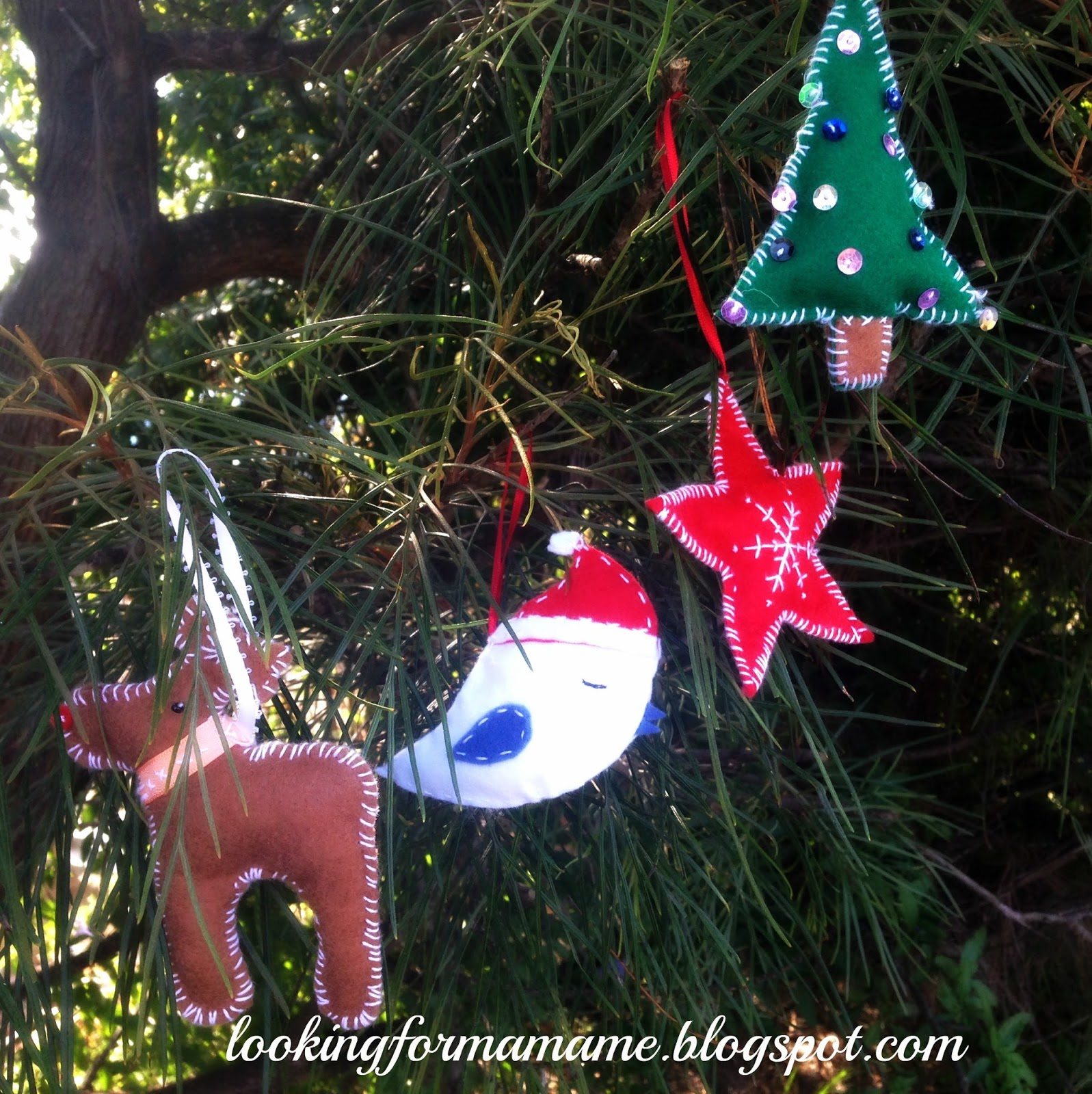 easy diy christmas project toddler friendly christmas tree decorations