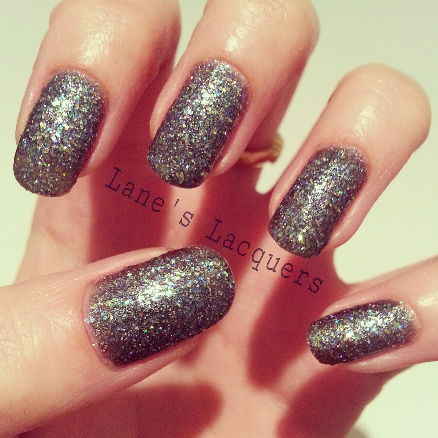 new-barry-m-glitterati-rockstar-swatch-manicure