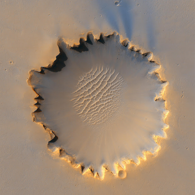 Victoria Crater on Mars as seen by the MRO spacecraft