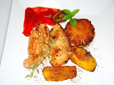 Grelhado de frango com frutas