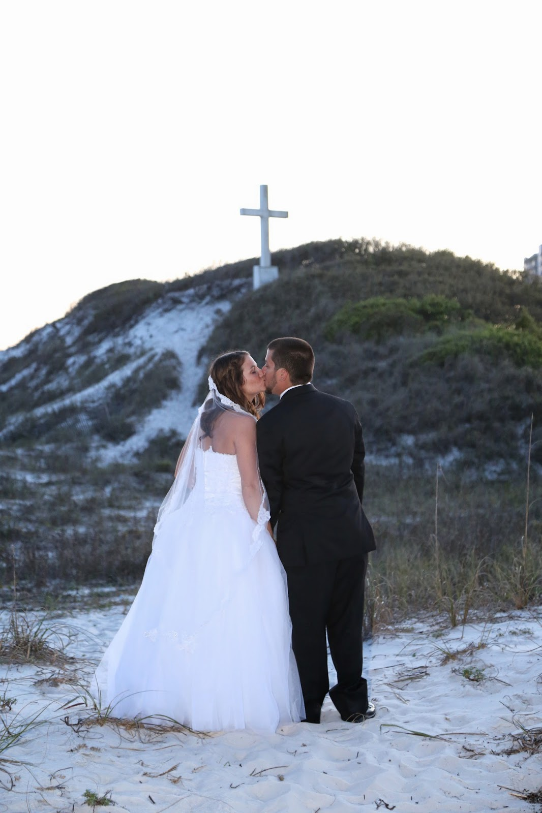 romantic beach wedding photography Pensacola Beach, Florida
