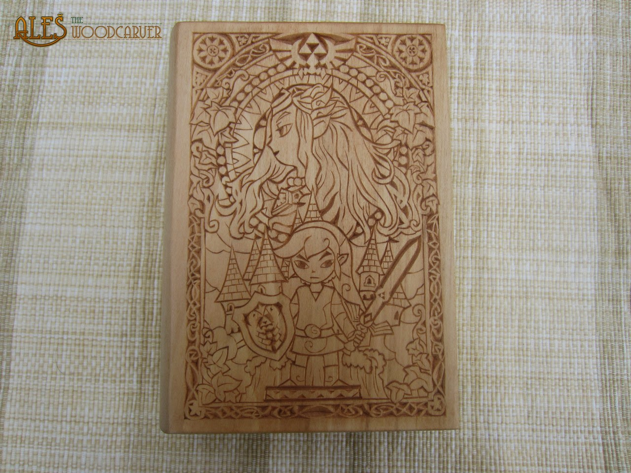 Ales the woodcarver legend of zelda trinket box
