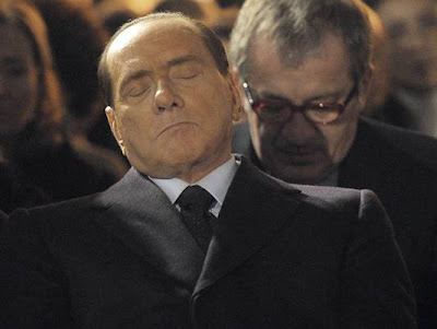Berlusconi sleeping inauguration of a monument to the deported of the Shoah