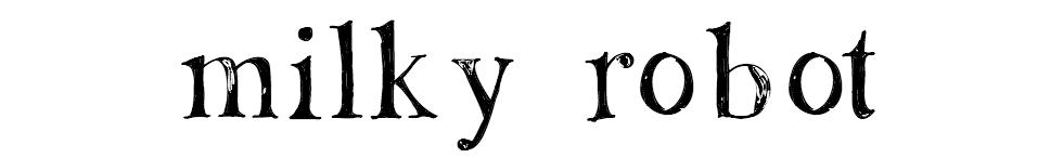 M I L K Y R O B O T - yarn + fiber