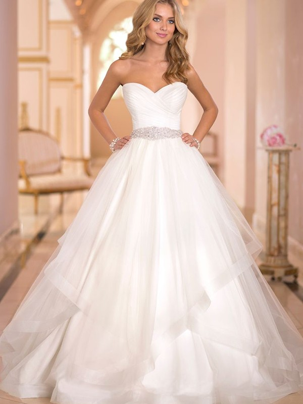 The Top Wedding Dress Trends for Spring 2016