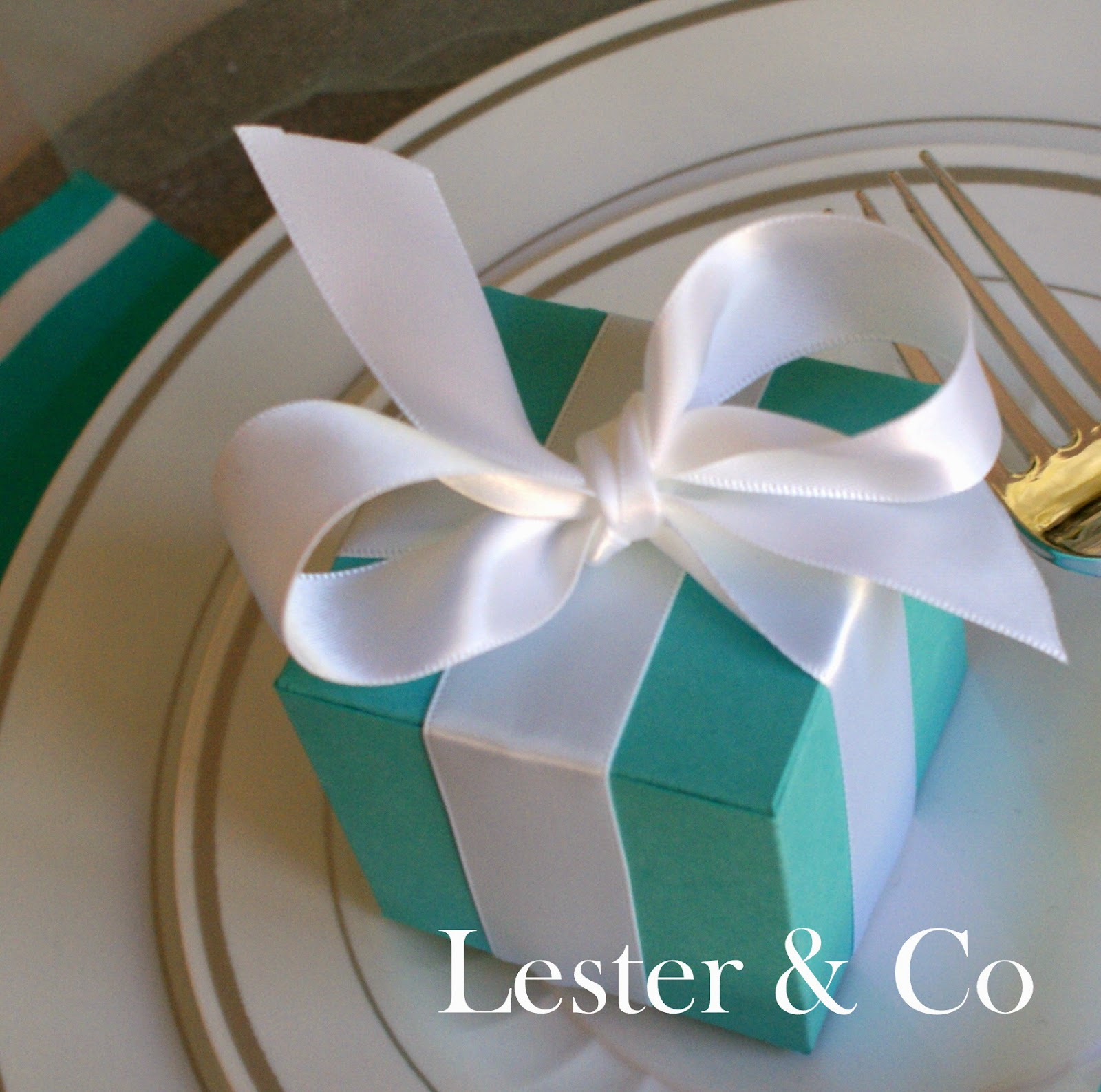 A Little Loveliness: Breakfast at Tiffany's Party Decor