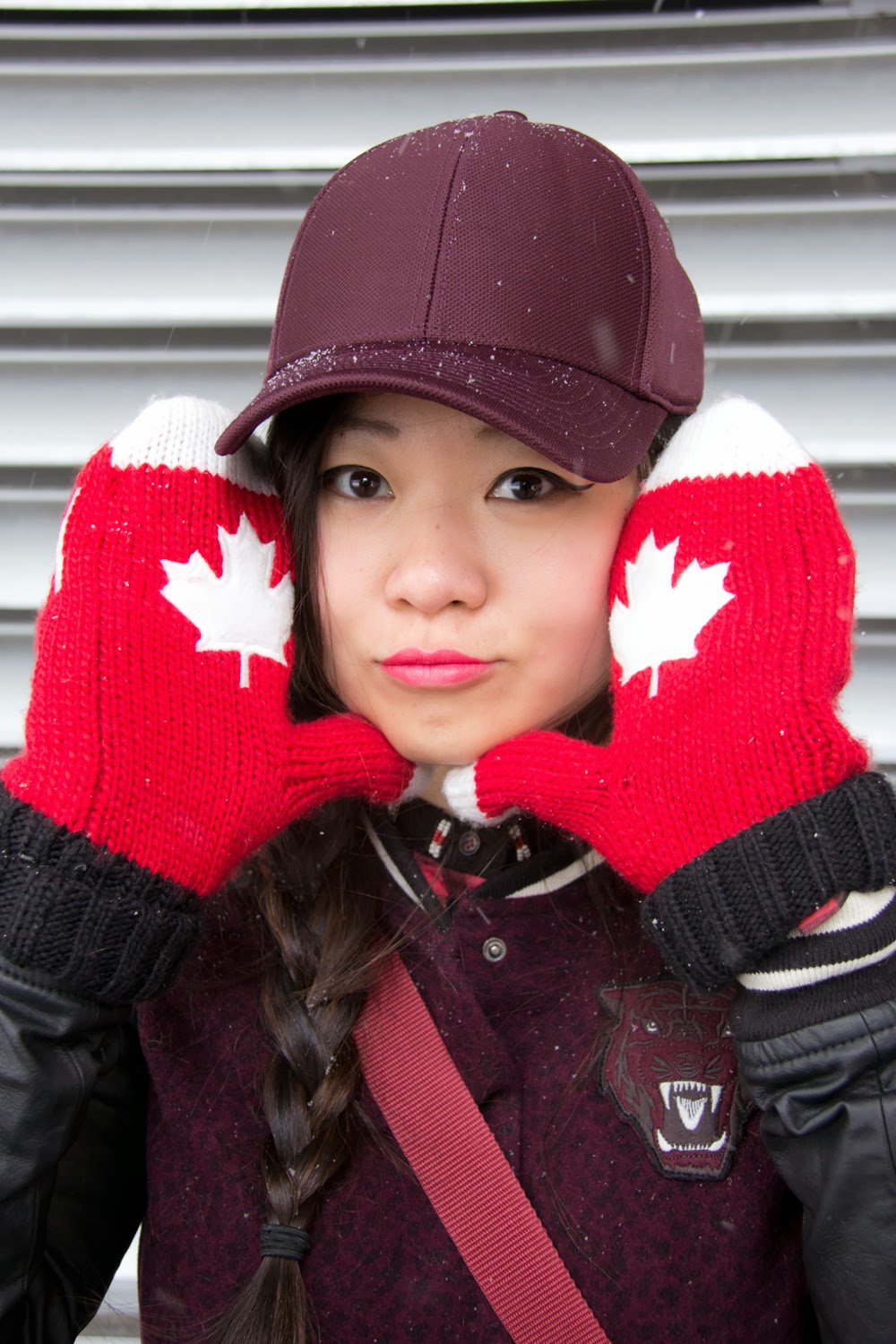 Go-Canada-Mittens, Burgundy-Baseball-Cap, Red-Maple-Leaf, Winter-Olympic