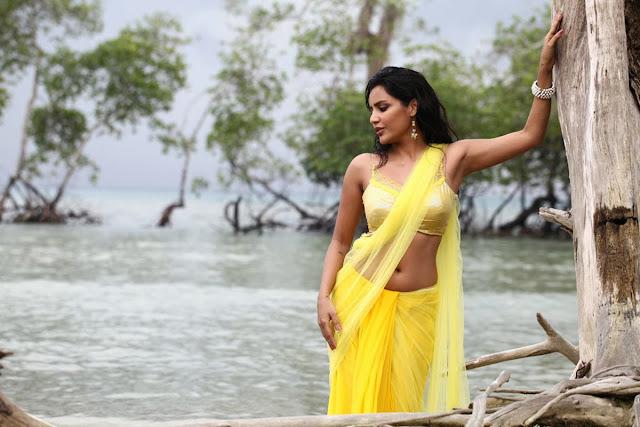 Priya Anand hd pics