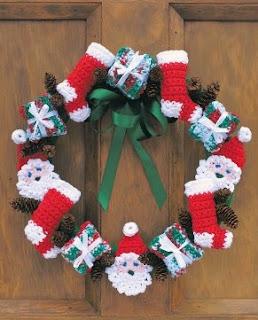 http://www.yarnspirations.com/patterns/merry-christmas-wreath.html