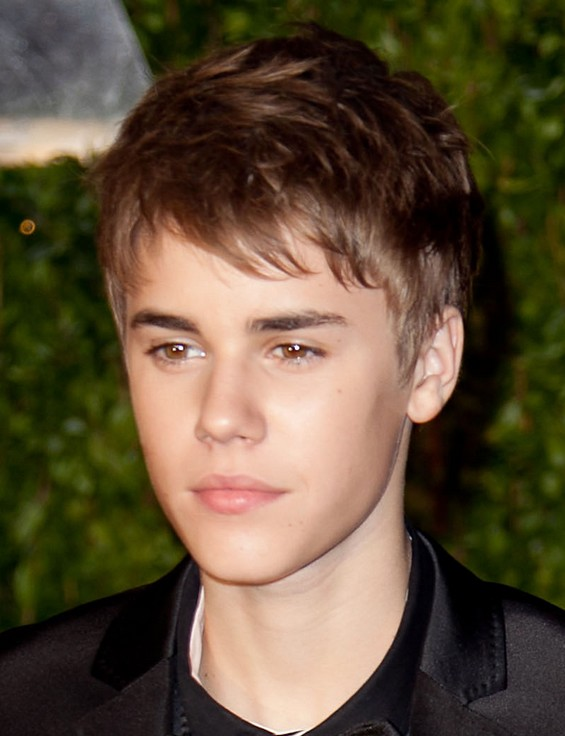 Justin Bieber threatened with a beard and Pottschalk helps!