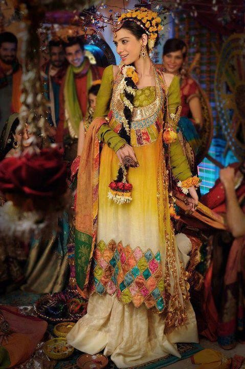 mehndi fashion dress
