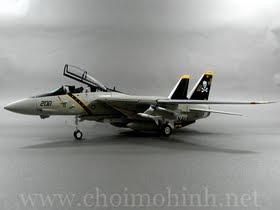 Máy bay mô hình tĩnh F-14A Tomcat US Navy Jolly Rogers hiệu Witty Wings tỉ lệ 1:72