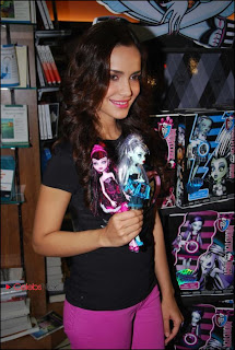 Shazahn Padamsee Pictures in Jeans at Monster High Fashion Doll Final Event  0005