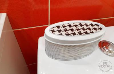 łazienka, odświażacz, pepitka czerwony