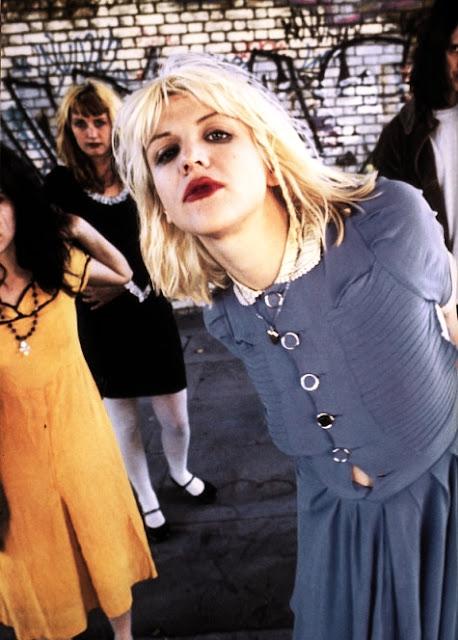 Courtney Love Hole 90s | quotes.lol-rofl.com