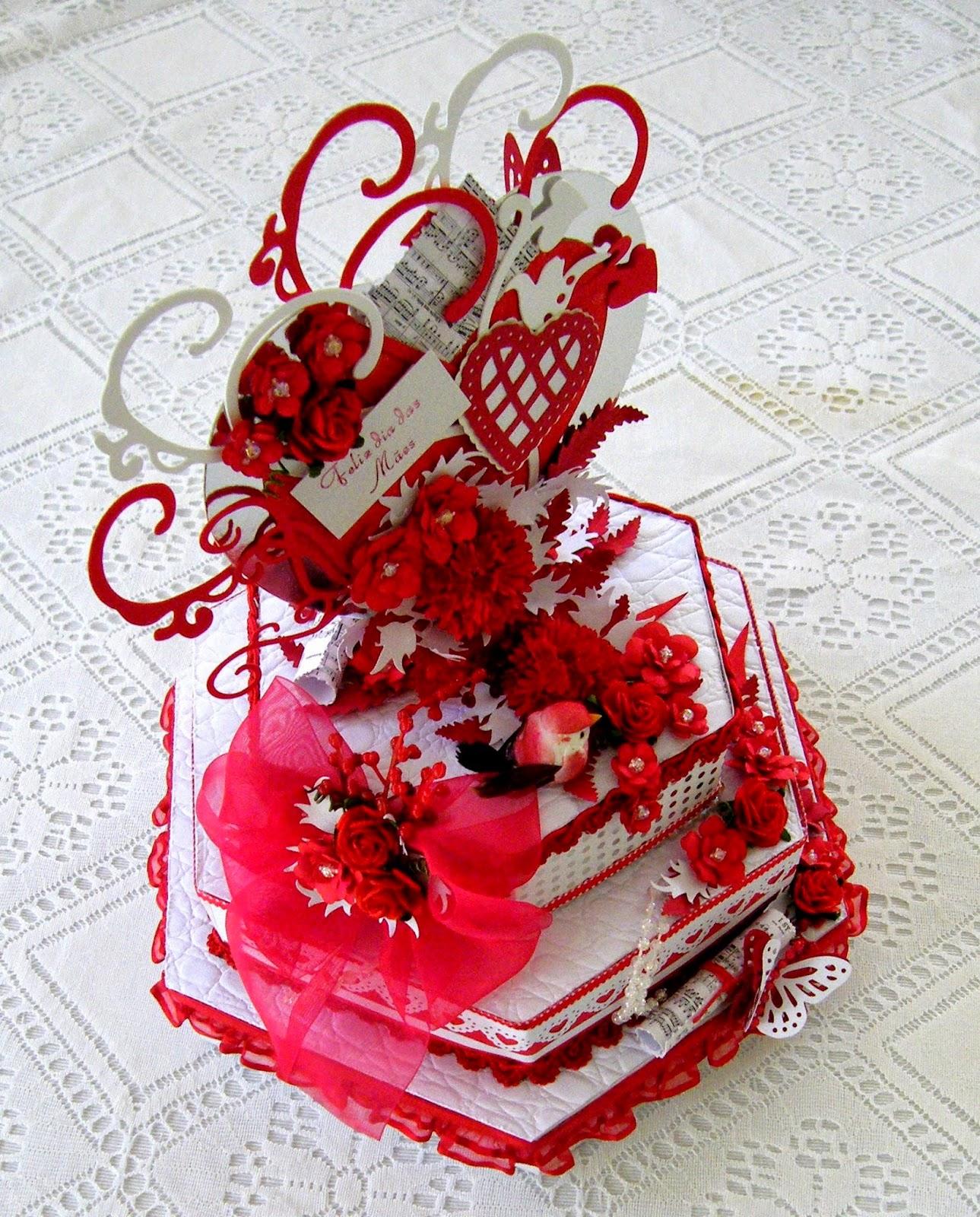 Caixa bolo sextavada