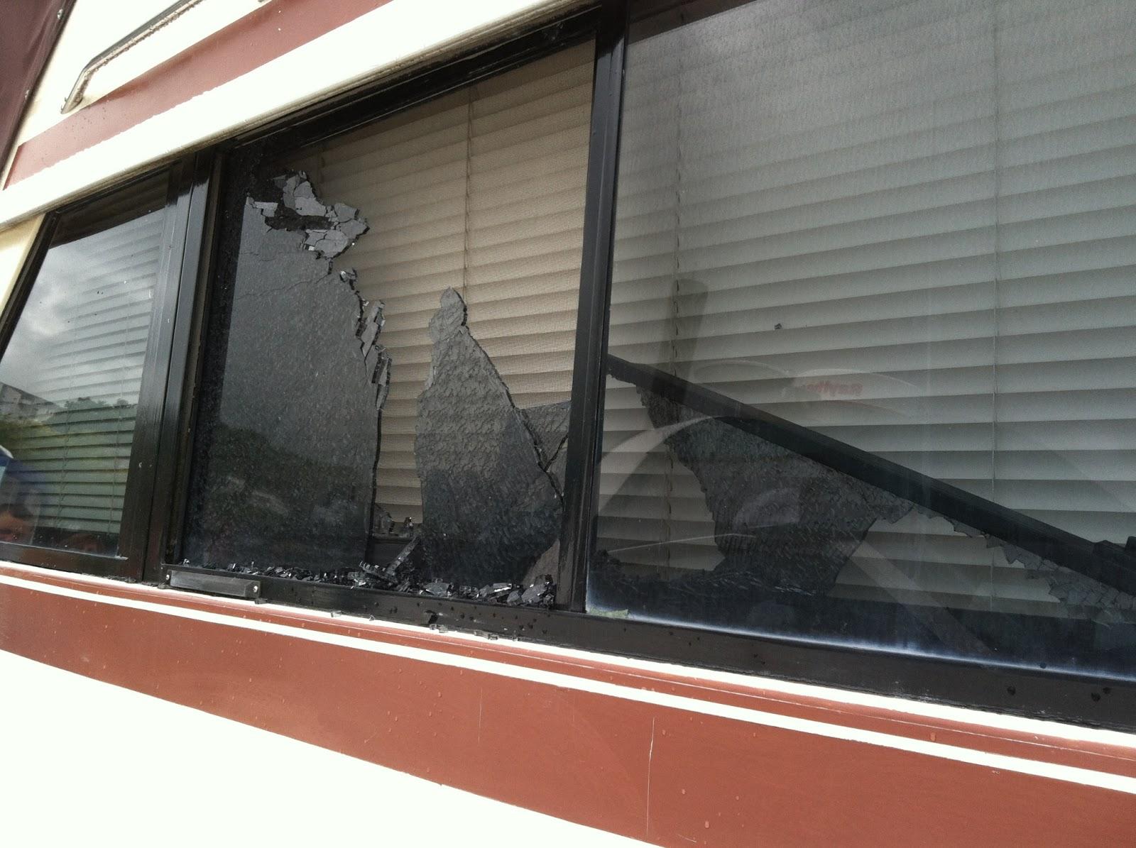 Cabin Glass Window : Silverton c cabin window implodes
