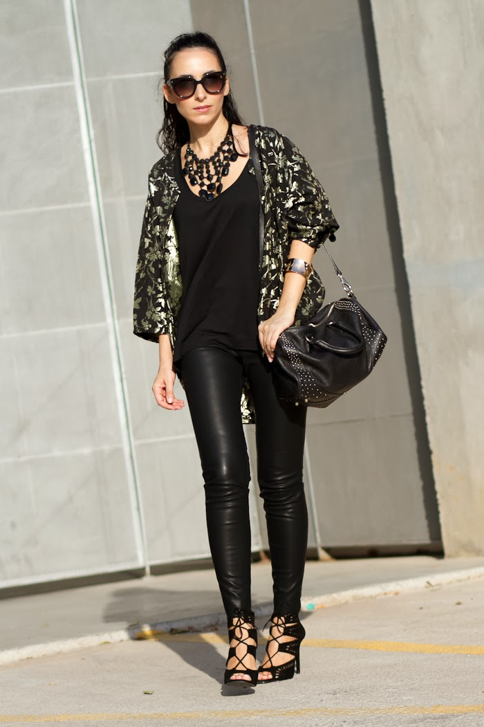 Rosk style with kimono and leather leggins