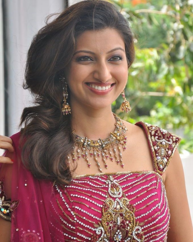 Red Hot Hamsa Nandini Pics